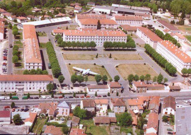 CASERNE BOSQUET MONT DE MARSAN 2011 10.74
