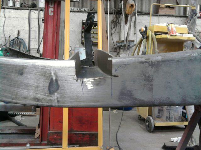 assemblage et fabrication d un châssis de Ford 32 roadster  - Page 3 25.238