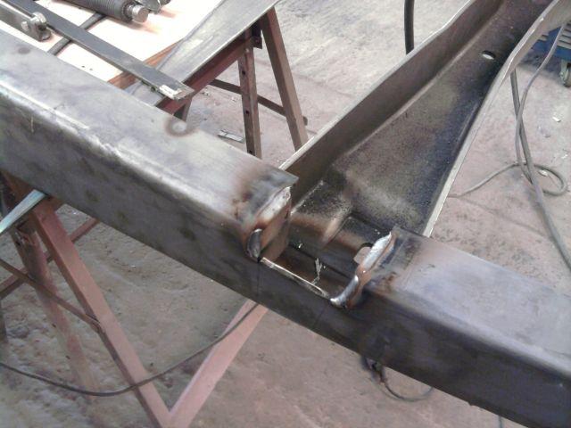 assemblage et fabrication d un châssis de Ford 32 roadster  - Page 3 26.265