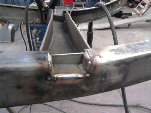 assemblage et fabrication d un châssis de Ford 32 roadster  - Page 3 26.269