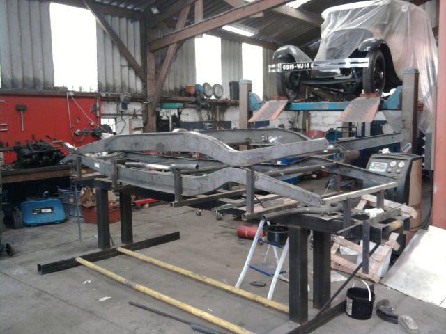 assemblage et fabrication d un châssis de Ford 32 roadster  - Page 3 30.110