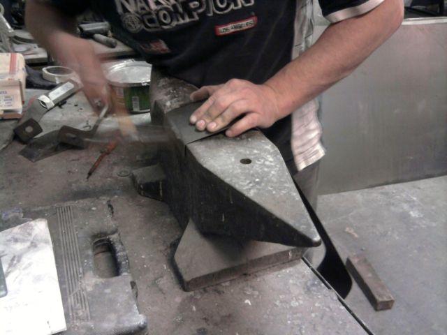 restauration pompe a essence  06.293