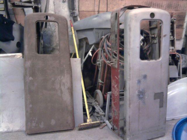restauration pompe a essence  08.189