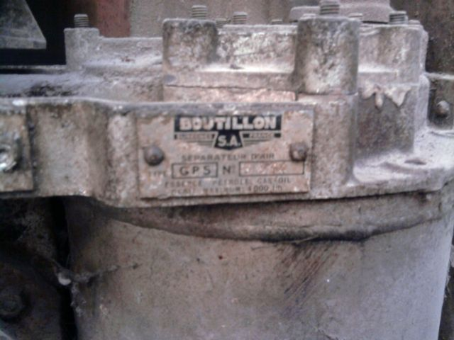 restauration pompe a essence  08.44