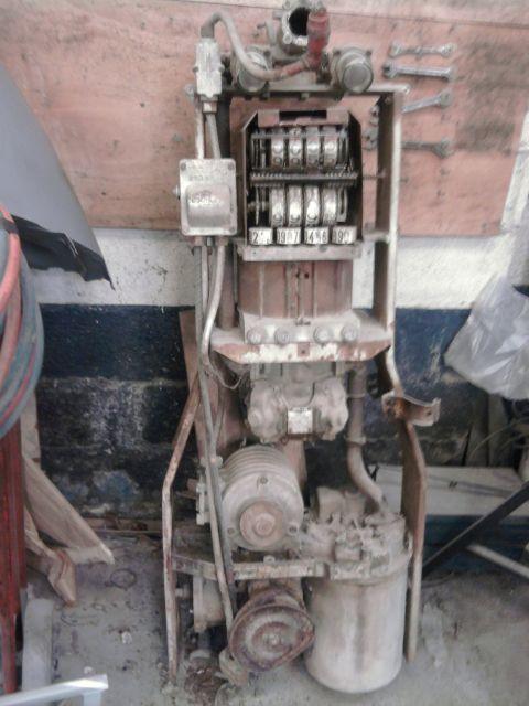 restauration pompe a essence  08.46