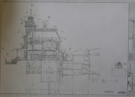 [Maquette] - BIG THUNDER MOUNTAIN - p.8 / Phantom Manor p.1 /Le Chateau D'Oreilles p.7/ 24.209