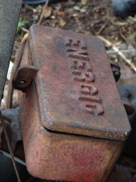 Motoculteur Energic 207 + remorque + (charue) (dans son jus) 24.64