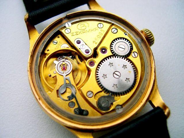 Une montre Volna 24.200