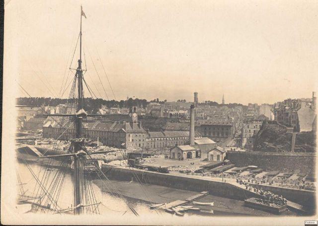 Brest en ruines... - Page 2 11.186
