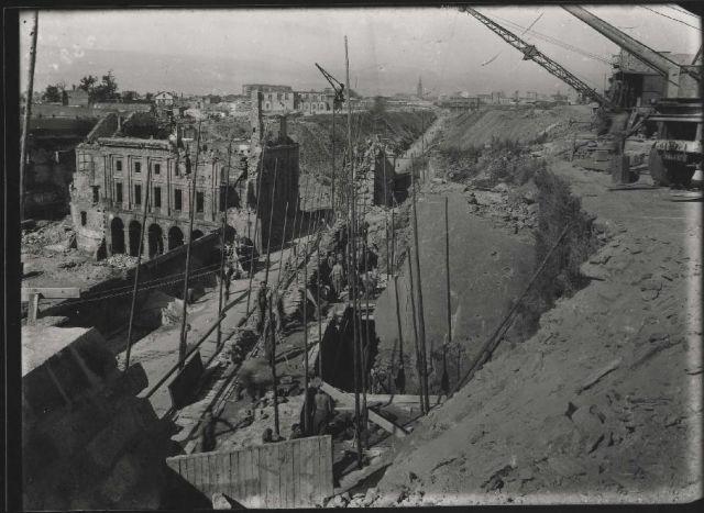 Brest en ruines... - Page 2 11.189
