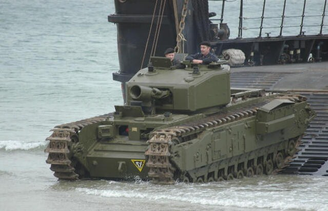 les chars du générale percy Hobart (video 1 mois 1/2 )   18.150