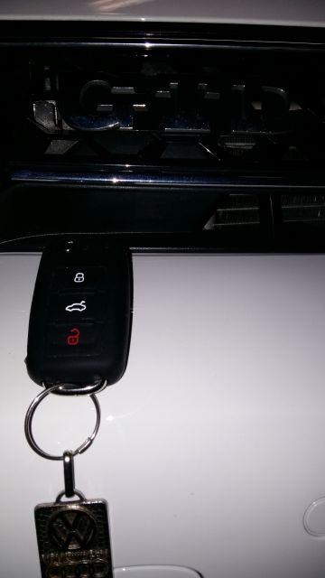 [GTD Blanc Candy  lolo 45 modèle 2011 ]  sortie GTI monté  19.22