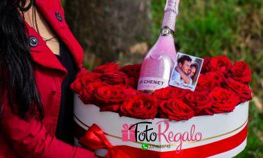 Feliz cumpleaños, Gina!! Caja-rosas-corazon-grande-vino-chenet-personalizada-380x228