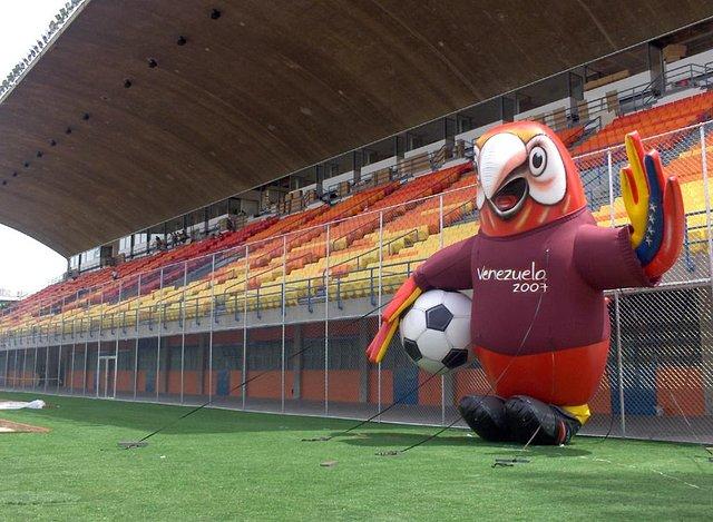 Caracas | Estadio Olímpico Universitario | 22.000 9741f1de