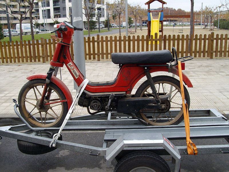 Vendo remolque para una moto, 06df3414073473682def3f5ecb4e8e18o