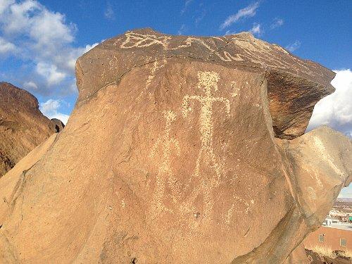 Petroglificos y Recorrido de 1300 millas sur Nevada suroeste de utha y nortoeste Nv  0ae4649849cb4f1ff8da5637d3727891o