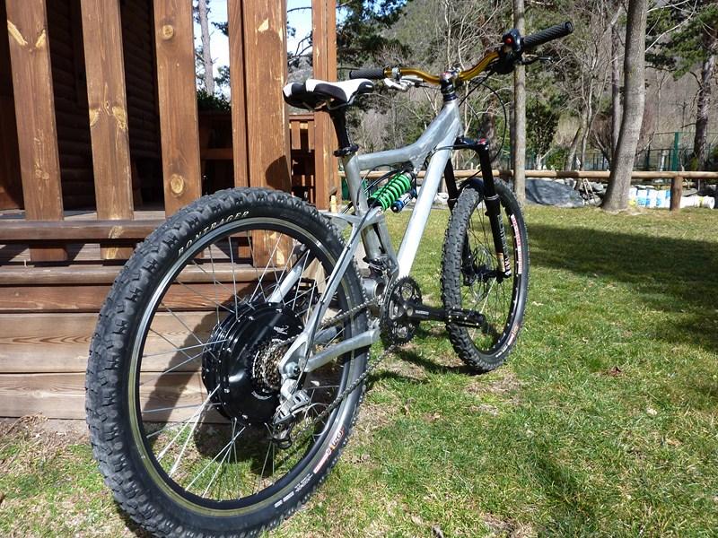 Mi primera bici eléctrica 9C 48V 28A freeride - Página 2 2473fffc74393cfff8fe58284d28b876o
