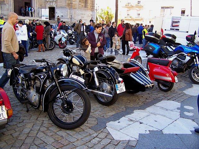 Los Reyes Magos vienen en moto 3415e01449ff746152427da1b2acfdbbo