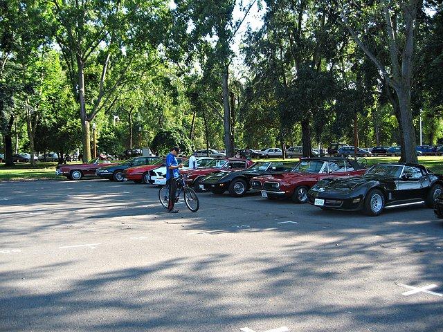 V American Cars Gijon 592f2d2219220cd224fbed7e3d2b833co