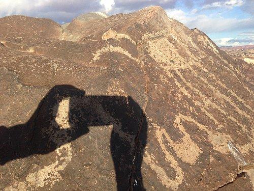 Recorrido de 1300 millas mas fotos de petroglificos de la mizma zona, misma montaña 698e0c52800238b3a72542815cb45cc2o