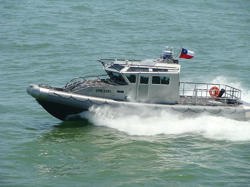 Almirante Saynez pasa Revista al Contingente del 16 de septiembre 2011. 75acf2f24cf5edf72cfc90819face4fdo