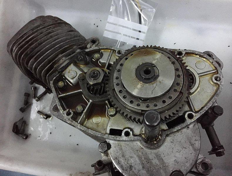 Nuevo proyecto: Moto Guzzi Dingo I 8300a6129c32e2be5dd0d7ba1045a89co