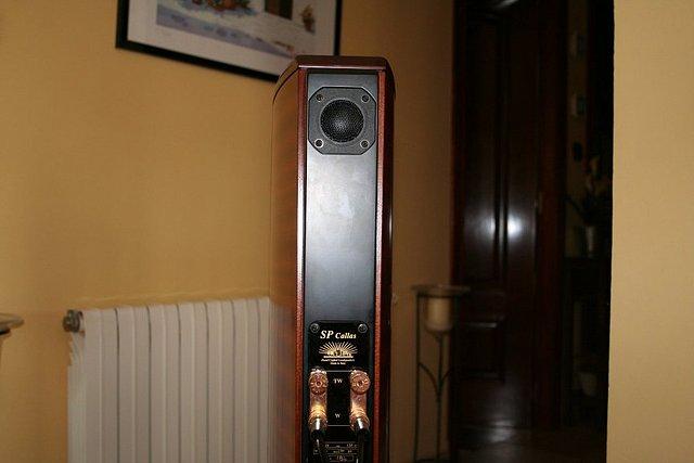 floorstanding para 10m2 - Página 3 872353e1ca6fb052758a7c26fb3bd69fo
