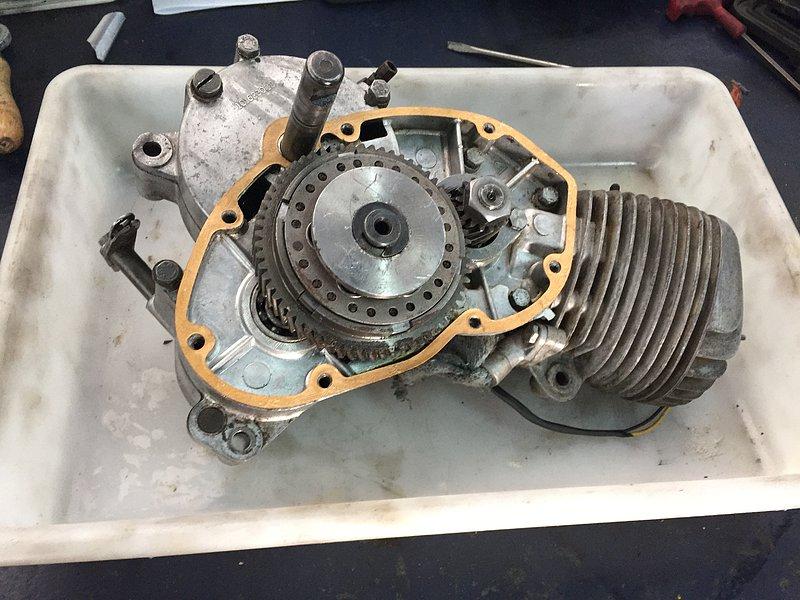 Nuevo proyecto: Moto Guzzi Dingo I 96d196de23a594b202582f2153a958dao
