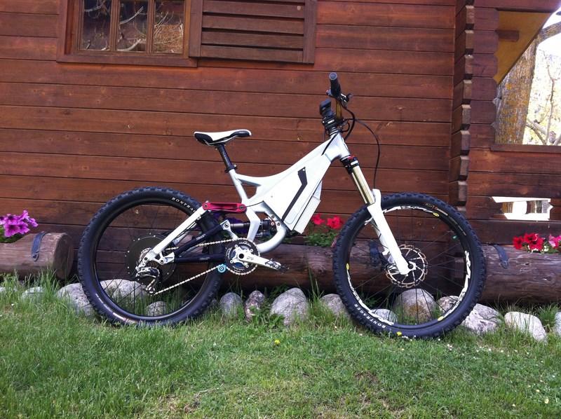 Mi segunda bici eléctrica, specialized demo7. - Página 4 B1602b3de88b11ba19456708bd56538co