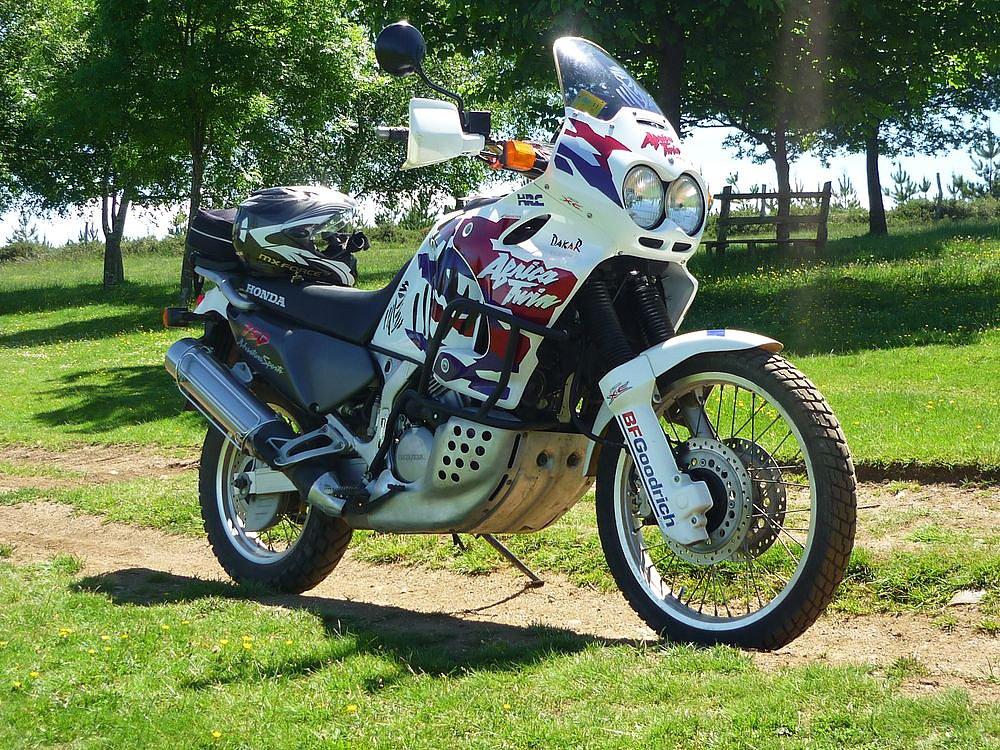 senda - Tu moto moderna o de uso habitual - Página 12 B9070626fbed4f7b24c36d72eeecfd9fo