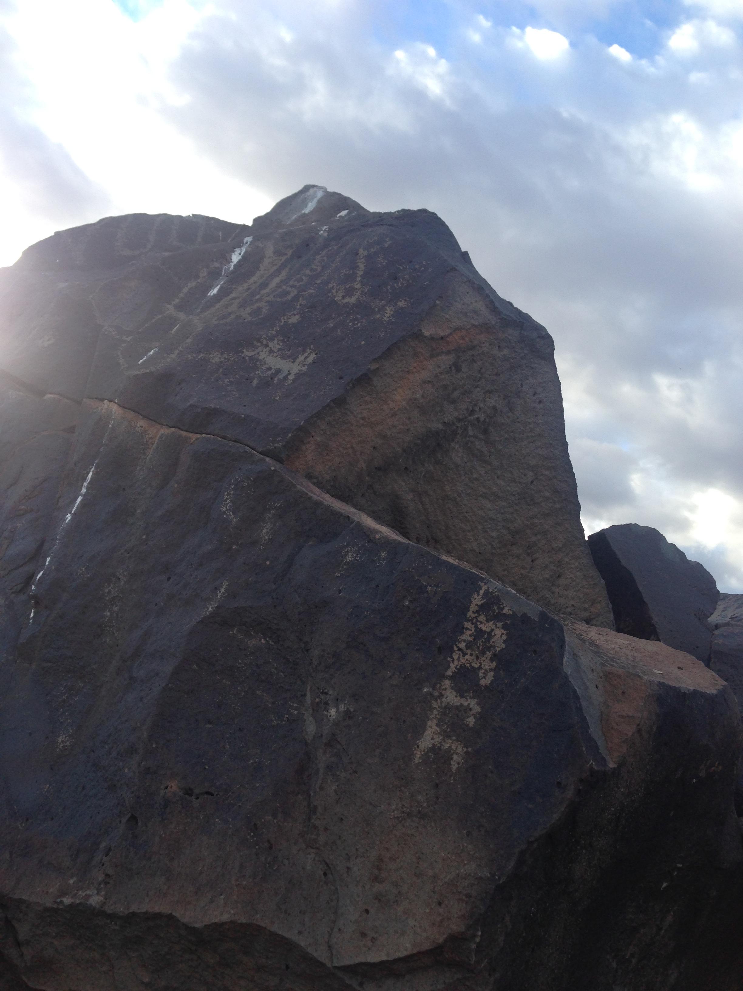 Recorrido de 1300 millas mas fotos de petroglificos de la mizma zona, misma montaña Cb2e42ec05421399902ca478c4872fafo