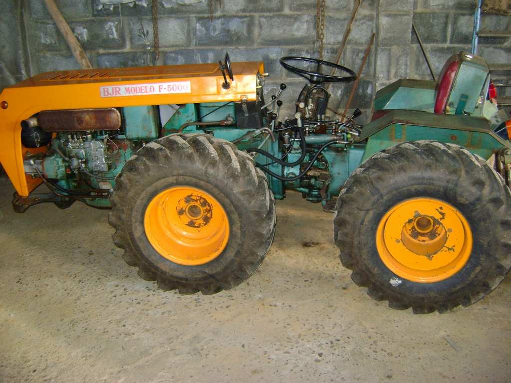 [BJR F-5000] Lo prometido es deuda, las fotos de mi tractor D6fc7a9482250171174ea9fbbf933c8co