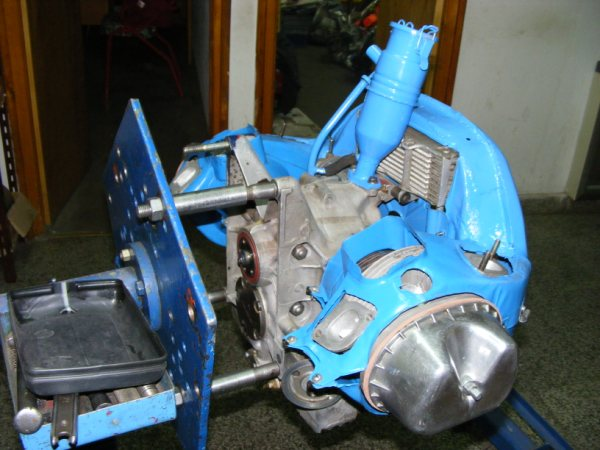 Motores de Citroën 3CV con más de 40 HP de potencia D73ca3fe797c6c736f9b3025f10f47c6o