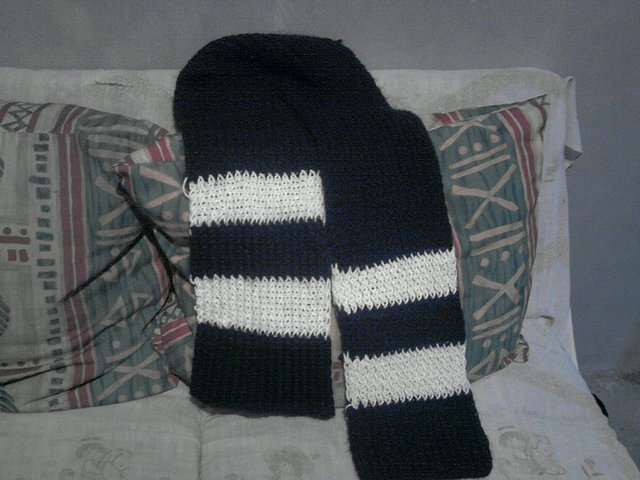 Bufanda Negra/Blanca estilo Harry Potter -Punto Cruzado- E98280c599398731f8613f67598bcf72o