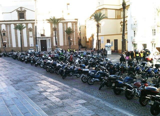Los Reyes Magos llegan en moto F48841f0aacfbd31c5f365845c28561co