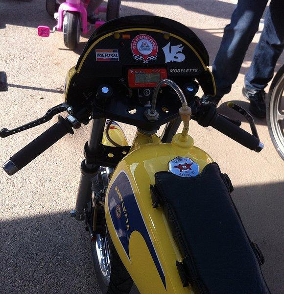 I exhibición motos clásicas en movimiento. Oliva 2014 F5446c295109b855bb946f8711e99f55o