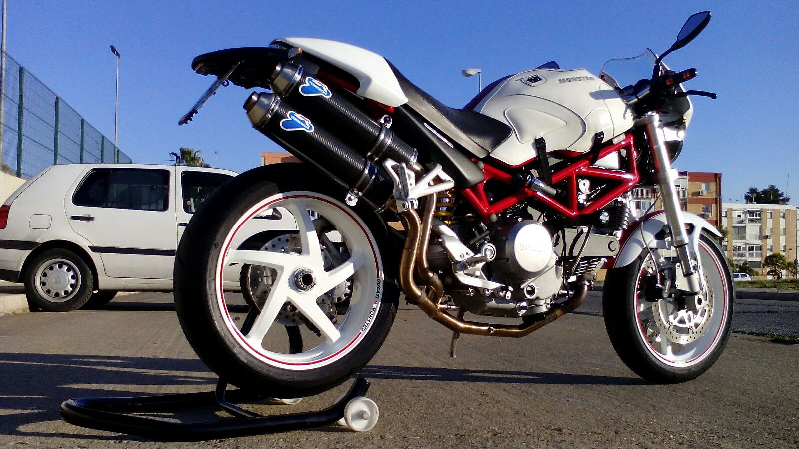 Vendo Ducati Monster S2R 800 Fa89b2c65e3dcaba75e33564fb510f4co