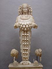 la transversalité de l'émotion artistique (let's play!) 180px-Sel%C3%A7uk_statue_Artemis