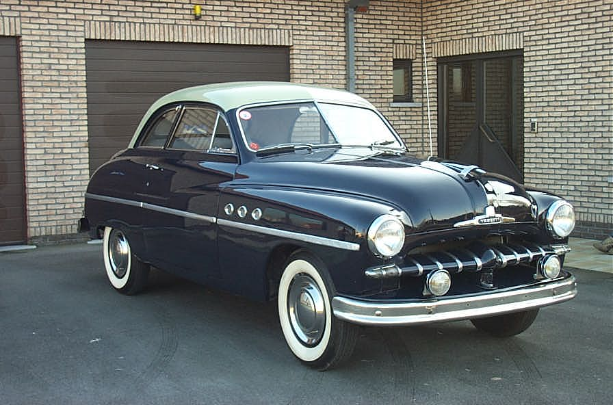 j'ai besoin d'aide!!!!!!!!!!!!!!!!!!!!!!!!!!!!!! Ford_Vedette_Coup%C3%A9_1950