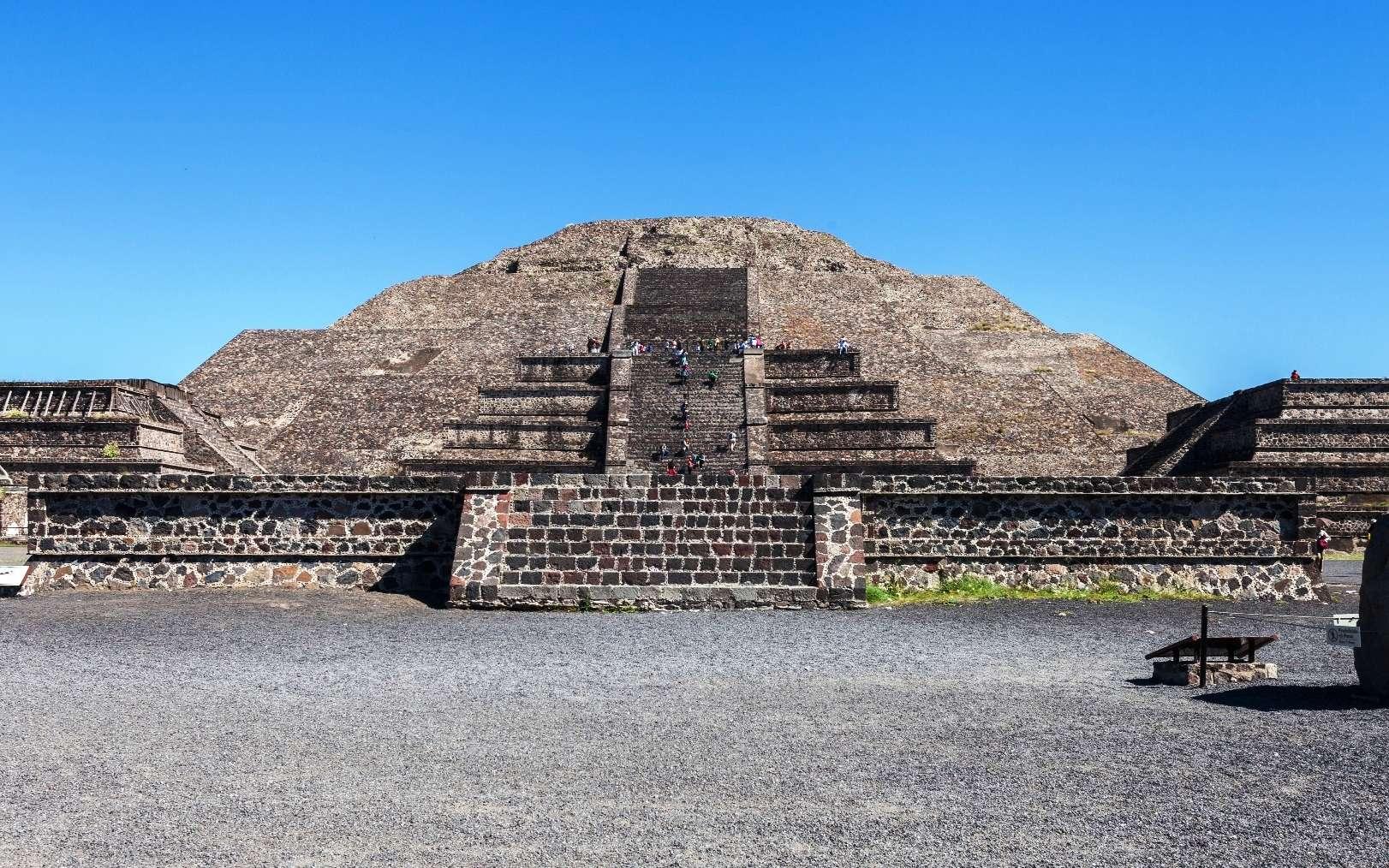 À Teotihuacan, la pyramide de la Lune cache-t-elle un tunnel ? Par Laurent Sacco Dfd871895d_109055_teotihuacan-pyramide-lune-diego-delso-cc-by-sa-30jpg
