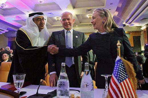 pour - Ingérence impérialiste en Syrie:  Le sinistre plan du Nouvel Ordre Mondial… Hillary_Clinton_friends_of_syr