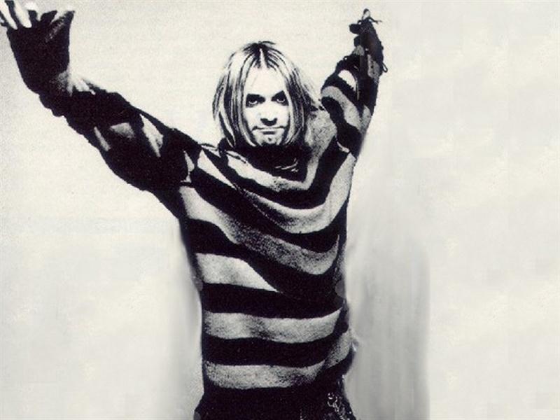 1ra Clase de Ed.Fisica para Mujeres 6:30pm Kurt-cobain