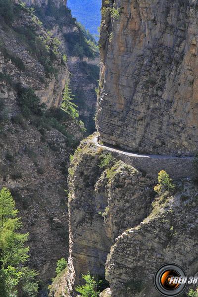Le Topic des Aventuriers-Explorateurs - Page 7 Gorges-st-pierre-photo2