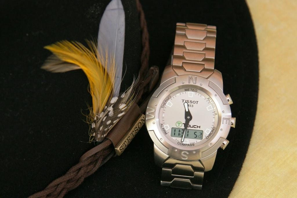 FEUX de vos montres en titane! T_Touch_001