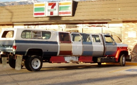 Post pics that make you lol Red-neck-limousine