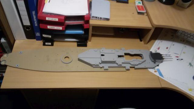 USS Missouri BB-63 / Trumpeter,  1:200 O6xemvud