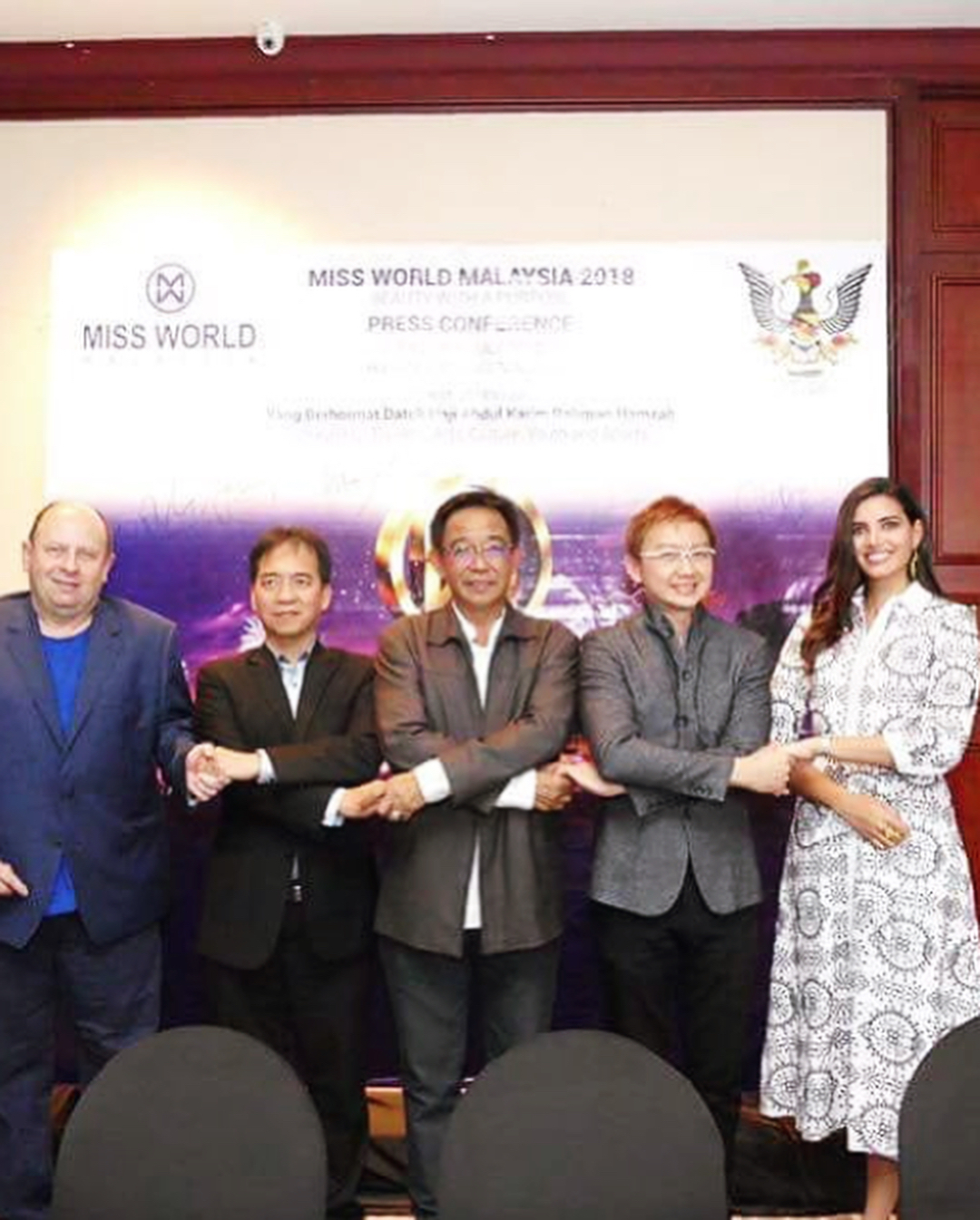 miss world 2016 durante conferencia de press de miss world malaysia 2018. K3qm7xl7