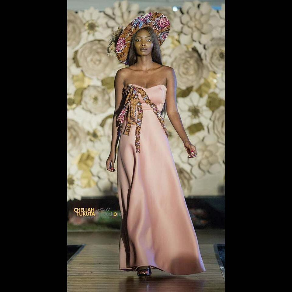 melba emmanuelah vence miss universe zambia 2018. Tiomxciq