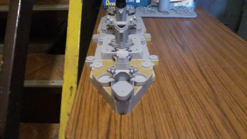 USS Missouri BB-63 / Trumpeter,  1:200 Acjk9d9v