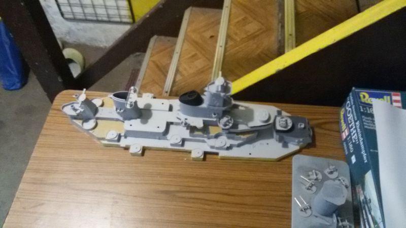 USS Missouri BB-63 / Trumpeter,  1:200 Jvgjrdtb
